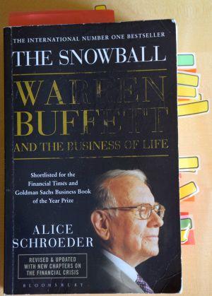 Warren Buffett, obálka knihy